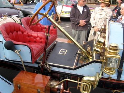 People can still ride in style in this elegant Pierce-Arrow.