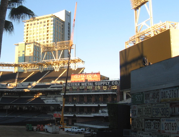 Giant crane in Petco Park's outfield has installed a huge new scoreboard!