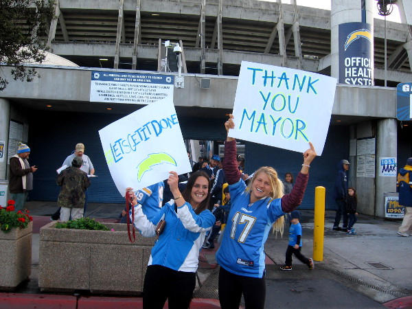 Ladies thank Mayor Faulconer for expediting the process to hopefully keep our much-loved NFL team in San Diego.