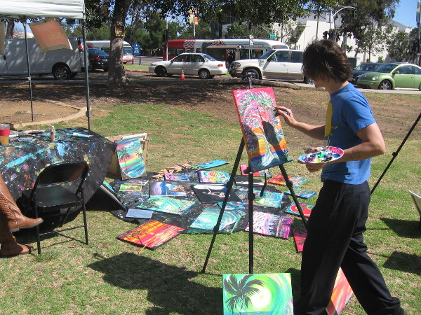 This friendly, cool artist was working in conjunction with Live Art by Davina Mendoza.
