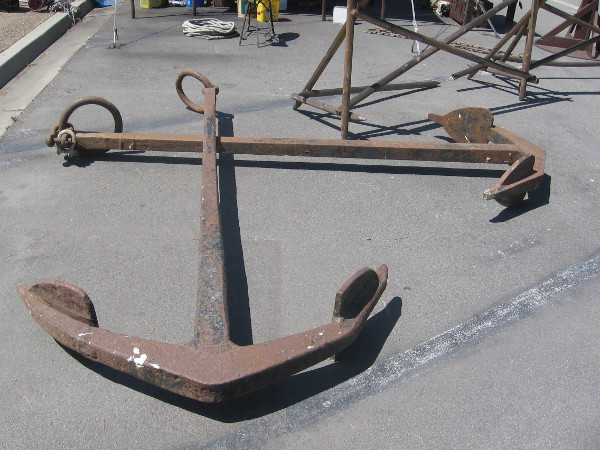 Here's a huge anchor! I didn't ask, but I assume it will be used by the San Salvador.