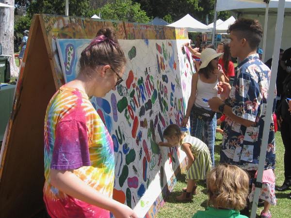 Art was encouraged everywhere I turned. I enjoyed taking a walk through the 2015 EarthFair!