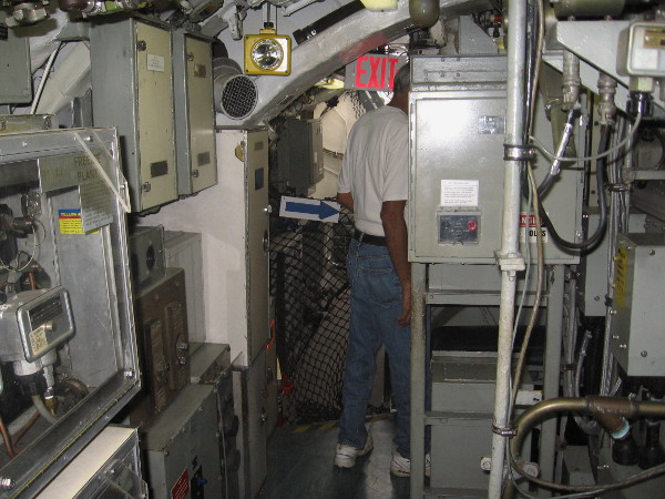 Continuing down the main hallway toward the rear of the submarine. Don't ask me what all this stuff is.