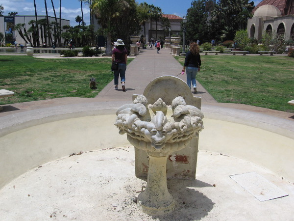Two fountains near the reflecting pool, at either end of the Botanical Building, have fallen into disrepair.
