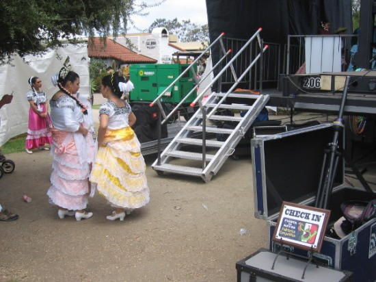 Traditional Mexican folklorico dancers have checked in for the big San Diego event!