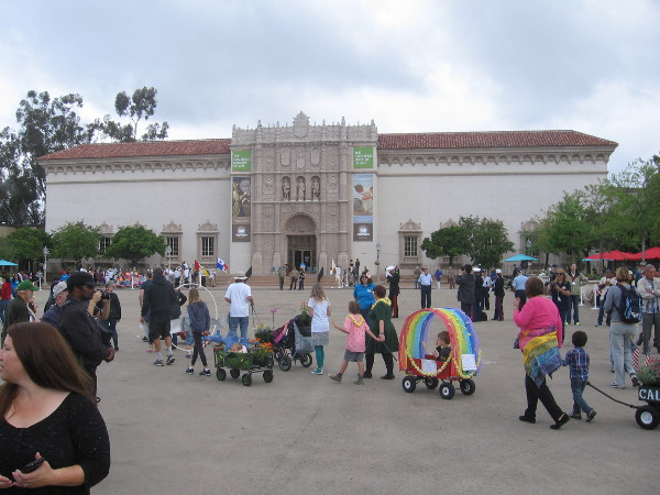 The cool parade finally reaches the Plaza de Panama in front of the San Diego Museum of Art.