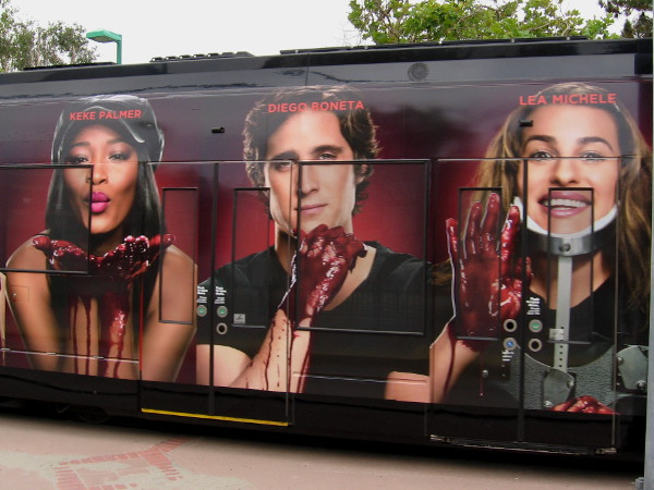 Keke Palmer, Diego Boneta and Lea Michele all have scary bloody hands!