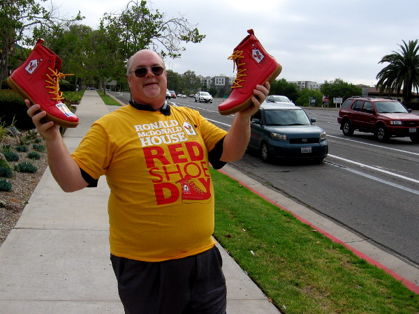 This guy had two shoes, one in each hand! You, too, can help by clicking and donating online!