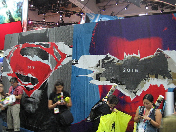 Cool graphics promoting upcoming movie Batman v Superman Dawn of Justice at 2015 San Diego Comic-Con.