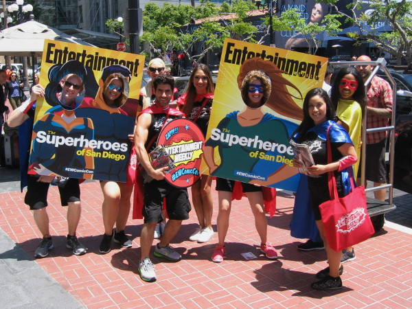 Entertainment Weekly had lots of people posing for photographs. Superheroes of San Diego!