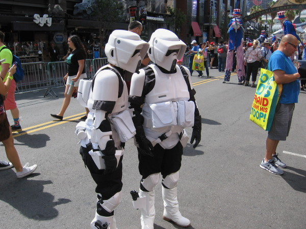 Cool Star Wars cosplay. A couple of scout troopers in the crowd.