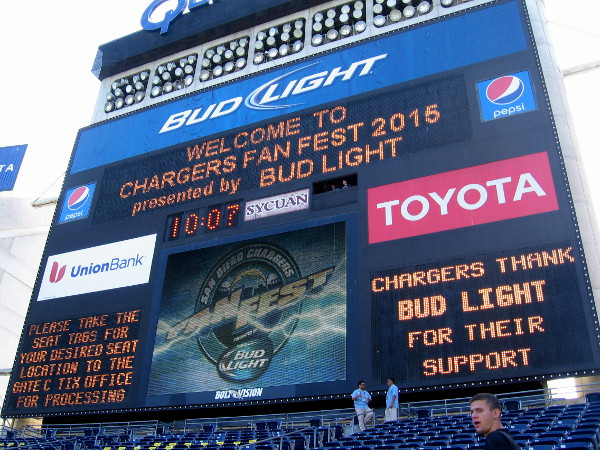 The old Jumbotron reads Welcome to Chargers FanFest 2015.