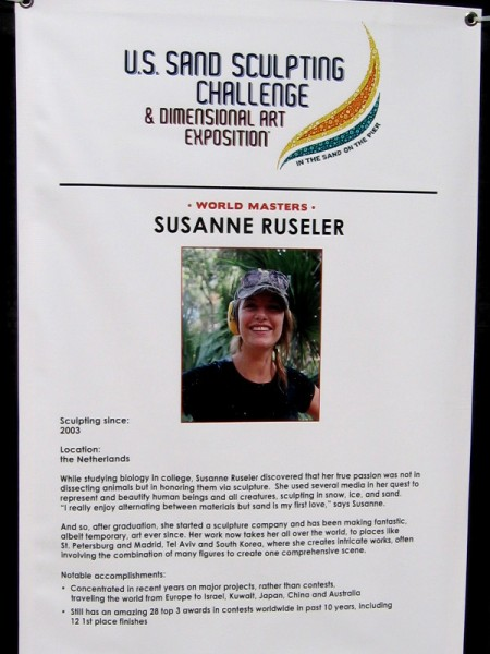 Susanne Ruseler, from the Netherlands, studied biology and thereby learned to represent and beautify human beings and all creatures. She has won many contests.
