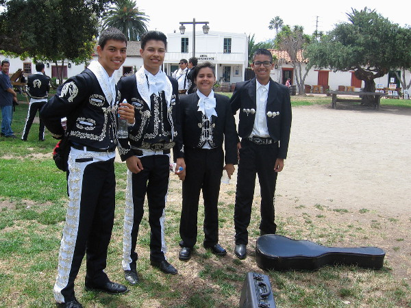 Young musicians from Chula Vista High School Mariachi band smile for the camera!