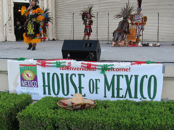 The House of Mexico, of the House of Pacific Relations International Cottages, celebrated Mexican Independence Day and Balboa Park's Centennial with music and dance.