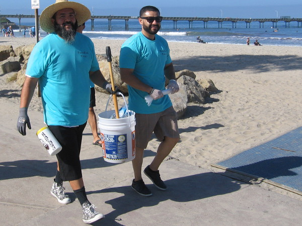 Lots of smiles were seen all over Ocean Beach during the trash removal event.