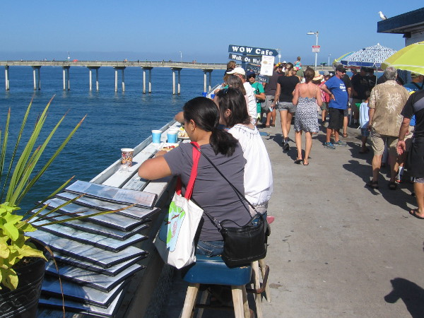 A few people were lucky to enjoy breakfast right at the edge of the pier. This might be one of the most scenic dining spots in San Diego!