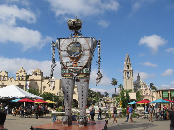 Amazing 28 foot tall Robot Resurrection stands in Balboa Park's Plaza de Panama during 2015 Maker Faire San Diego!
