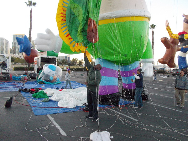 Getting a balloon ready for today's Holiday Bowl Big Bay Balloon Parade in San Diego!