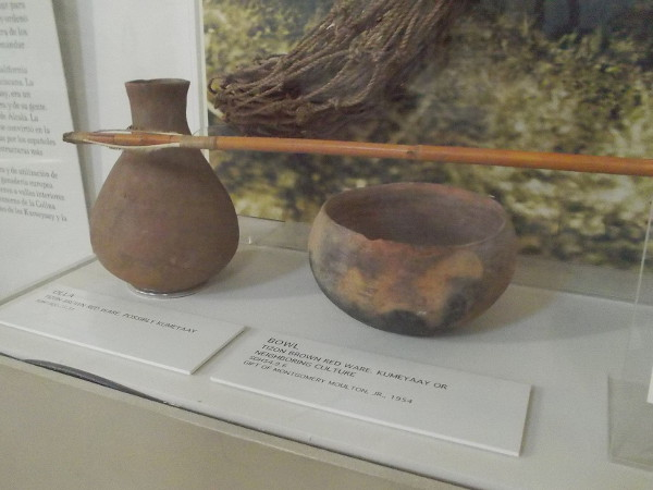 Olla and bowl. Kumeyaay or neighboring culture.