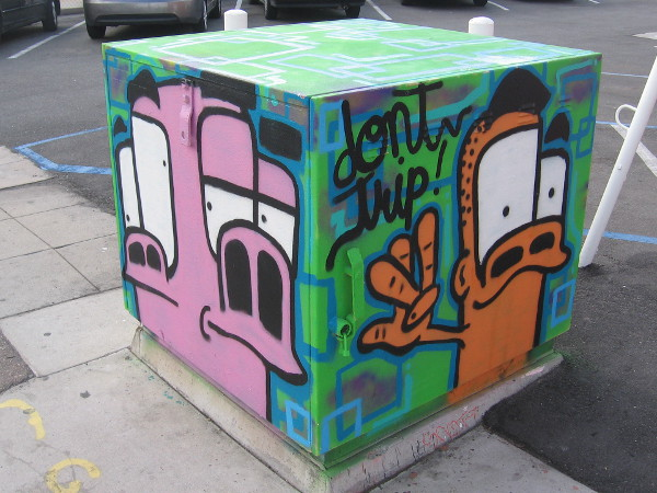 Hey dude, don't trip! More fun artwork on two other sides of the box.