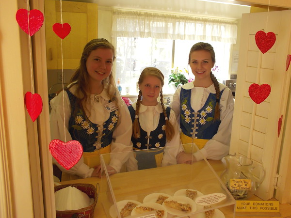 Smiles, hearts and yummy pastries await on Valentine's Day in the House of Sweden.