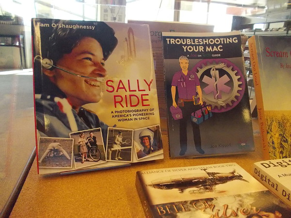 Sally Ride: A Photobiography of America's Pioneering Woman in Space, by Tam O'Shaughnessy. Troubleshooting Your Mac, by Joe Kissell.