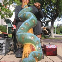 Incredible didgeridoo player adds life to San Diego!