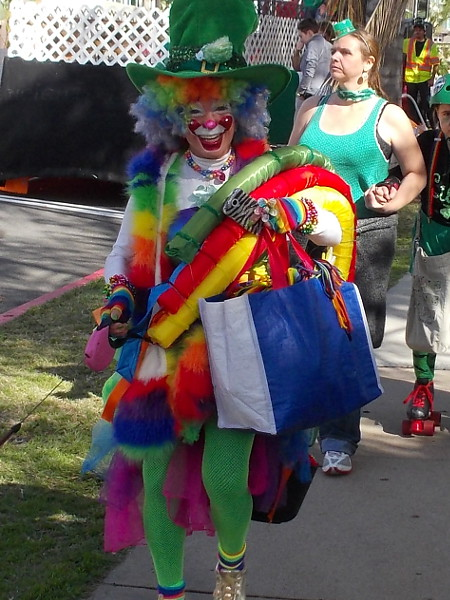 I see this friendly smiling clown every year at the parade!