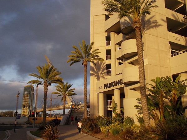 The parking structure of the Hilton San Diego Bayfront has turned gold.
