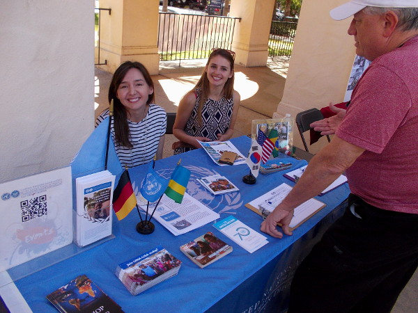 Nice ladies from the United Nations Association of the USA, San Diego Chapter, smile for a roving blogger's camera!