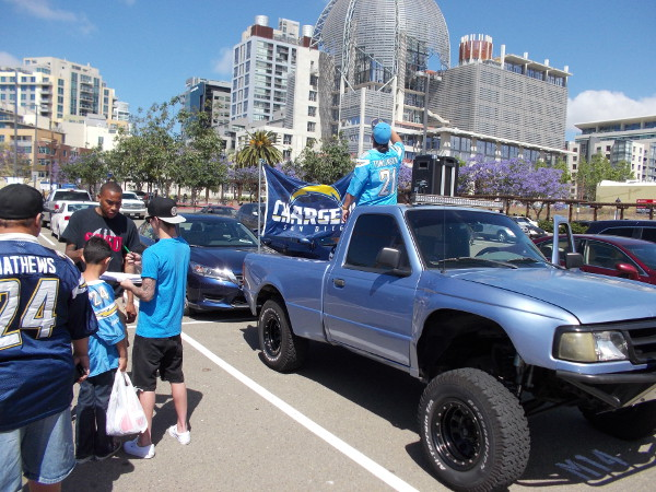Lots of diehard Chargers fans were on hand Saturday for a big signature gathering kickoff sponsored by the San Diego Chargers organization, in their quest for a downtown stadium.