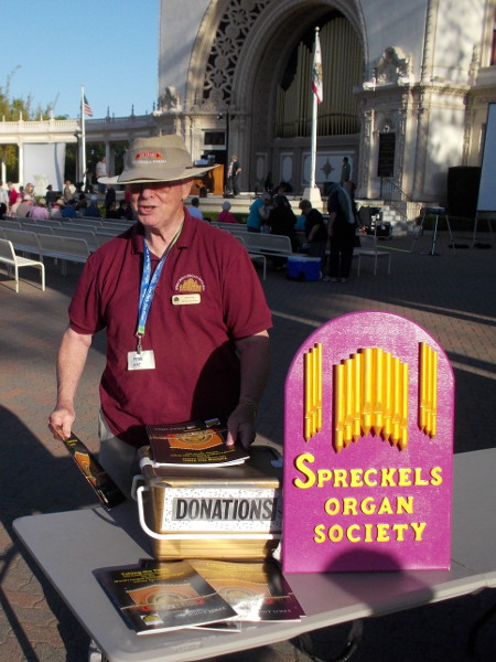 Friendly Spreckels Organ Society volunteer confirms that Balboa Park's amazing outdoor organ has regained the world record with 5000 pipes!