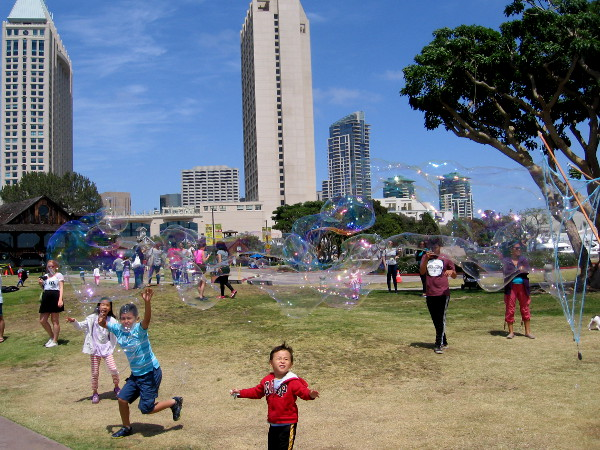 Wow! Look at those massive bubbles flying through the air! This fun could be found on the grass at Embarcadero Marina Park North.