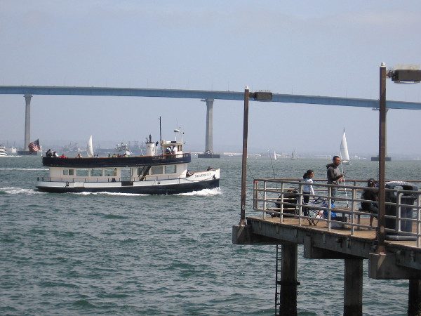 And there goes the Silvergate, ferrying people over to Coronado Island. What a glorious spring day!