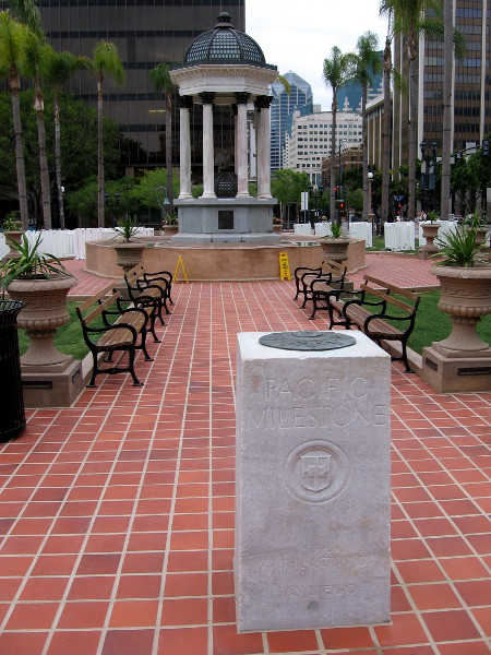 The Pacific Milestone in today's Horton Plaza Park marks the western terminus of The Old Spanish Trail, which traversed the American continent to St. Augustine, Florida.