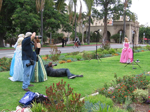 Several local high schools were having their proms tonight, and I spotted many fancy dresses throughout Balboa Park. I'm not sure about this photo shoot!