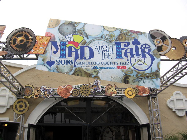 Get ready to enter the Mad About the Fair exhibit. It's dark inside, so many photos didn't turn out so good.