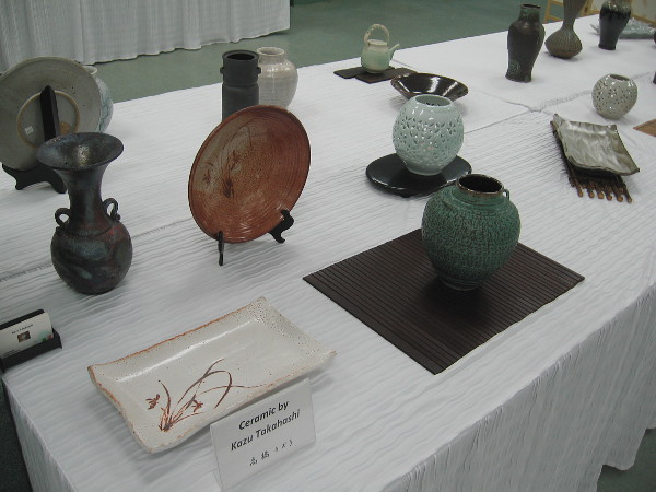 One table had superb ceramic works arrayed upon it, all produced by Kazu Takahashi.