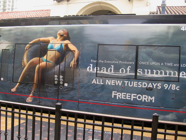 A new 2016 San Diego Comic-Con trolley wrap promotes Dead of Summer on the Freeform cable channel, from the Executive Producers of Once Upon a Time and Lost.