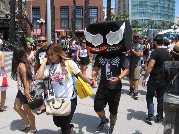 It's a cosplay of Lego Venom in the middle of the 2016 San Diego Comic-Con crowd!