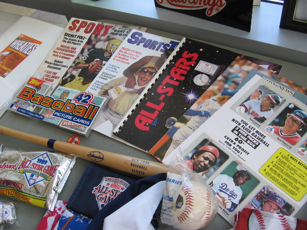 There were so many cool baseball sights to absorb! Displayed were old magazines, autographed baseballs, pennants, souvenir bats--you name it.
