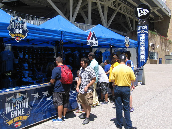 Right next to Petco Park, all sorts of special 2016 Major League Baseball All-Star Game merchandise was for sale. Lots of fans seemed interested.
