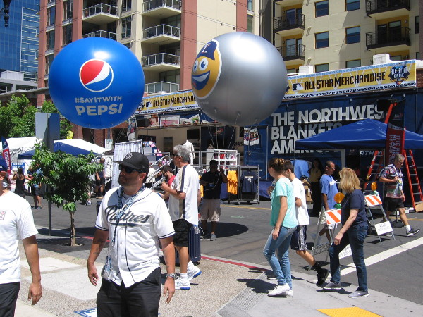 Pepsi is the main sponsor of the block party, as far as I can tell. They had balloons all over the place.