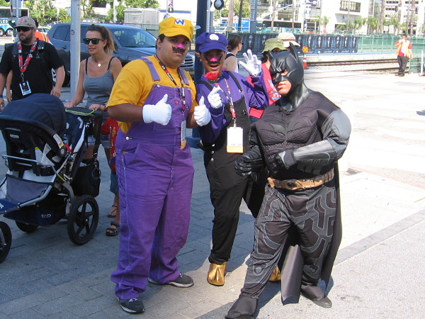 Wario, Waluigi and Batman have teamed up for 2016 San Diego Comic-Con. At least they did for a moment or two while people snapped photos.