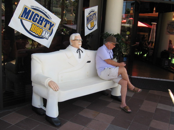 KFC had very unusual Colonel Sanders artwork outside Comic-Con like last year. The funny sculptures also serve as Wi-Fi hotspots.