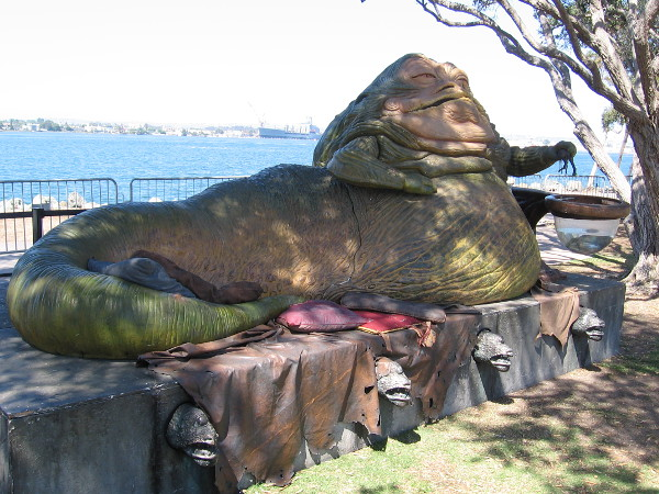 Check it out! An awesomely cool Jabba the Hutt sculpture at Con-X. It was created by Gentle Giant Studios.