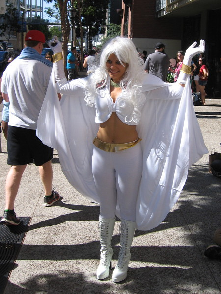 Cosplay of Storm, a fan favorite member of the X-Men.