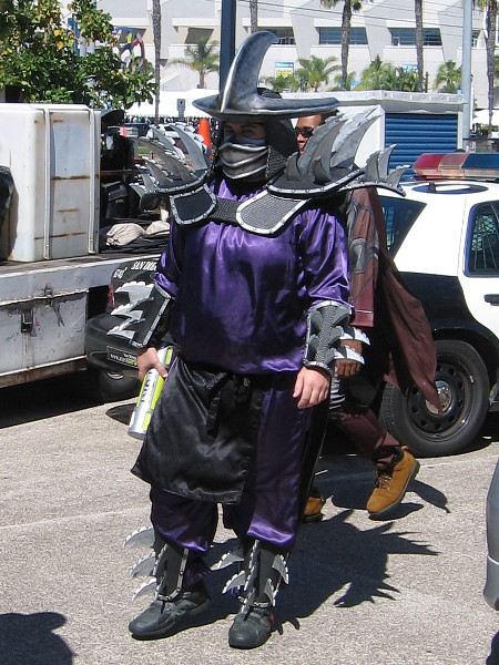 An awesome, very elaborate cosplay of Super Shredder, from Teenage Mutant Ninja Turtles!