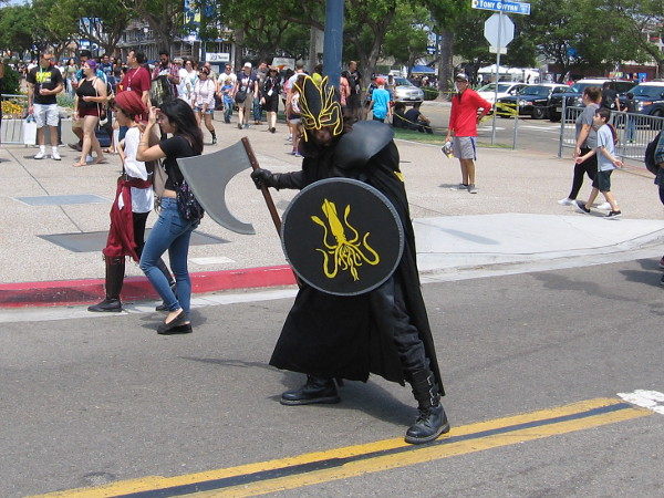 This cosplay, I believe, is Victarion Greyjoy, from Game of Thrones.